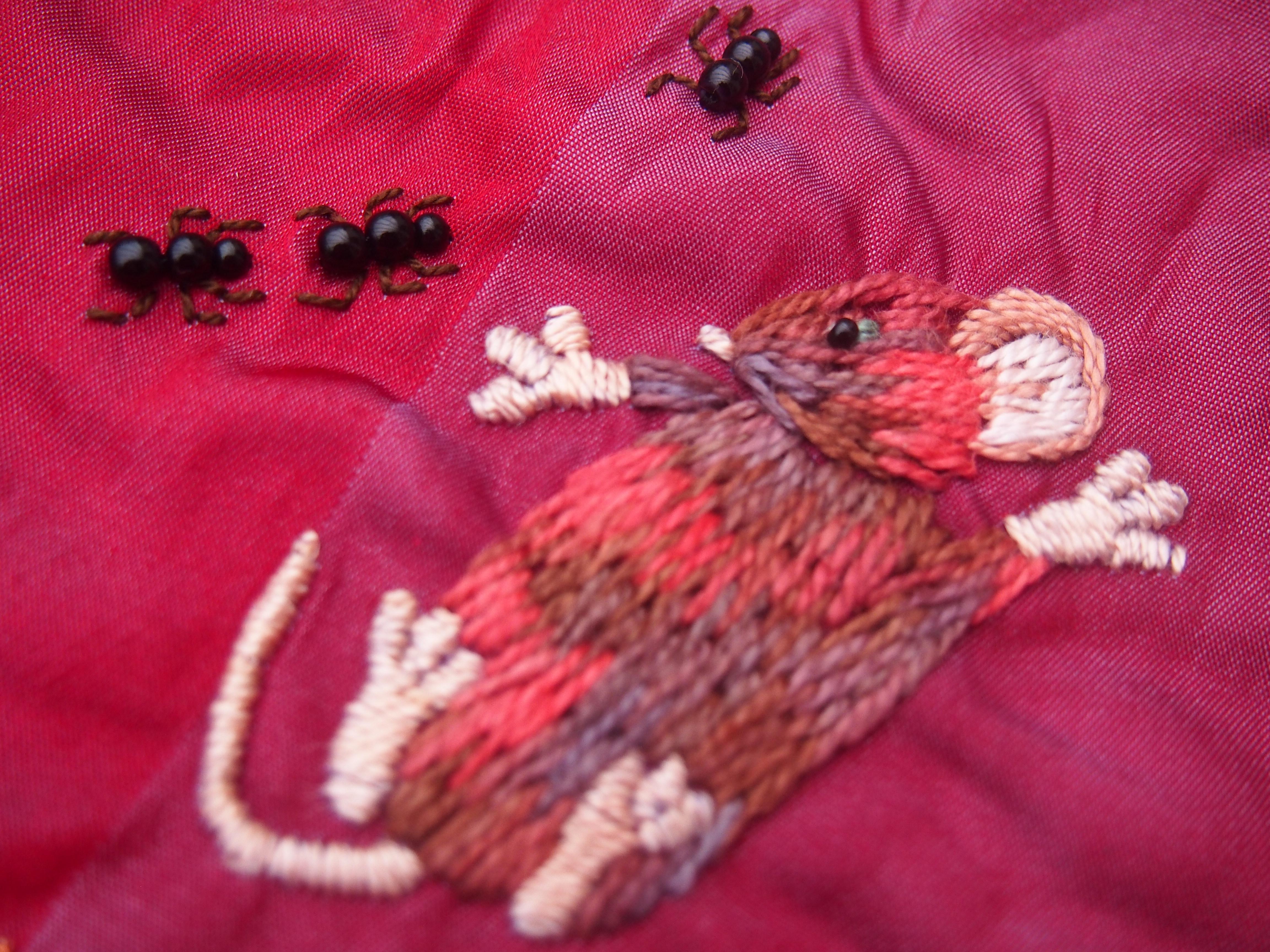 mes souris habitent dans un crazy journal textile. Black Bedroom Furniture Sets. Home Design Ideas
