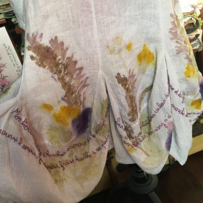 Des mots sur la robe fleurie